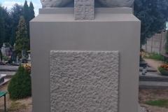 renobud-pomnik-po-05