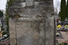 renobud-pomnik-przed-10