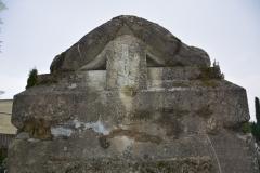 renobud-pomnik-przed-14