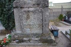 renobud-pomnik-przed-17