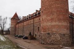 zamek-po-04