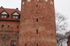 zamek-po-06